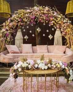 (C) Bandbaazabaarat | (C) Meghaisrani | (C) Israniphotography | (C) Estellamumbai | (C) Aashstudio | Wedding Decoration | Wedding Seating decor #weddingdecoration #weddingphotography #weddingphotographer #weddingseatingdecor #floraldecoration #hangingflowersdecor #indoordecoration #homedecor #pastel #weddingideas #weddingseason #festival #diwali2020 Home Wedding Decorations, Engagement Decorations, Table Decorations, Wedding Bells, Wedding Flowers, Wedding Gifts, Bridal Bun, Wedding Sutra, Baby Shower Centerpieces