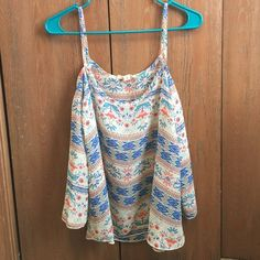 Cold shoulder top Really cute off the shoulder shirt. Only worn once, size medium Tops
