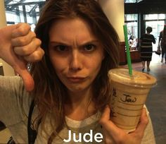 Hilariously misspelled names at Starbucks. These 20 photos made my stomach hurt from laughing so much. The last one is the BEST one. Starbucks Memes, Starbucks Cup, My Stomach Hurts, It Hurts, Funny As Hell, The Funny, Funny Shit, Epic Fail Pictures, Funny Pictures