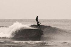 joel tudor nose riding longboard invitational us open surfing huntington beach champion Snowboard, Photo Surf, E Skate, Surfing Pictures, Hang Ten, Surf Art, Longboarding, Surf Style, Surfs Up