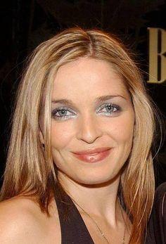 Beautiful Caroline Corr <3