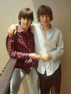 Mick and Keith, good friends! #Rock&Roll #1960's #artist The Rolling Stones, Mick Jagger Rolling Stones, Melanie Hamrick, Georgia May Jagger, Mick Jagger Young, Rock And Roll, Kurt Cobain, Rollin Stones, Rock Music