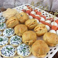 Ideas y recetas de canapés variados de fiesta para todos los gustos. Aprovecha una ocasión especial para alegrar tu mesa y sorprender a todos.