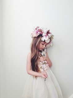 I know this is supposed to be for kids' clothes but I'm putting it with future wedding ideas because a flower crown just for the flower girl would be PERFECT
