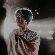 Safe to say I'd give everything just to see him smile. Namjoon, Kim Taehyung, Hoseok, Daegu, Foto Bts, Bts Boys, Bts Bangtan Boy, Taekook, K Pop