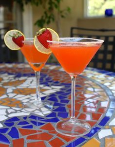 Fresh Strawberry Lemon Drop Martinis