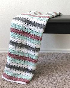 Crochet Patterns Modern Four Crochet Modern Granny Blankets Granny Pattern, Afghan Crochet Patterns, Crochet Stitches, Waffle Blanket, Farm Crafts, Stitch Book, Baby Blanket Crochet, Vintage Crochet, Crochet Projects
