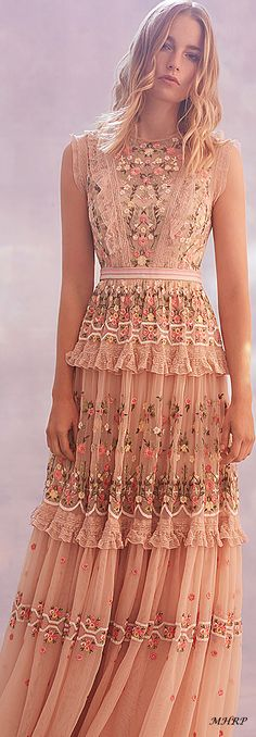 New for Spring/Summer the Prism Ditsy Gown in Lilac is the perfect style f… Party Fashion, Boho Fashion, Needle And Thread Dresses, Looks Party, Evening Dresses, Prom Dresses, Vetement Fashion, Ellie Saab, Girly Outfits