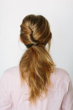DIY twisted low ponytail