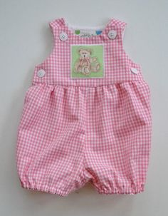 Items similar to Baby romper in pink or blue gingham, teddy bear applique new baby gift, snap closure, summer romper, sizes newborn to 12 months. on Etsy - Babykleidung Newborn Girl Outfits, Baby Girl Dresses, Baby Girl Newborn, Baby Outfits, Baby Dress, Kids Outfits, Baby Hoodie, Pink Gingham, Summer Romper