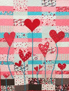 Sewing Quilts Heart Garden quilt tutorial by Ellie Roberts for Moda Bakeshop - Take heart! Within this collection of 50 free patterns you will find quilts, wall hangings, table runners, and pillows; Cute Quilts, Small Quilts, Mini Quilts, Baby Quilts, Quilting Tutorials, Quilting Projects, Quilting Designs, Sewing Projects, Heart Quilt Pattern