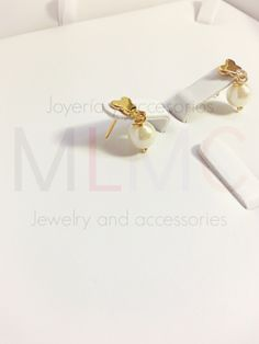 Compra aquí / Shop here: http://mlmcjewelry.tumblr.com/comprabuy  #earrings #pearls #costumejewelry #metalalloy #goldplated #mexican #jewelry #jewels #accessories #shoponline #bijouterie #accesorize #jewelryoftheday