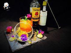 Mixologie :  Notre barman met sa créativité à votre service ! Rendez-vous au bar du Moulin de Vernegues ! Chateau Hotel, Le Moulin, Service, Spa, Table Decorations, Rose, Collection, Home Decor, Bartenders