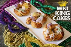 Craft E Magee: Mini King Cakes for Mardi Gras!