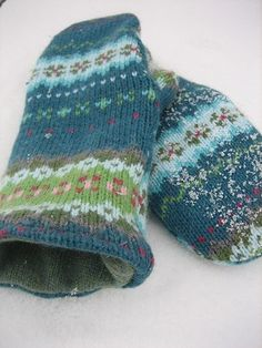 Sweater Mitten Tutorial! – Five Green Acres