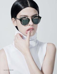 Do Instagram para as páginas de revistas  conheça a fresh face Alissa Salls     Notícias Models    FFW 202ab7cc0e