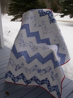 Little Breath of Summer by hope54. Delft blue chevron quilt