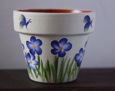 Mini Flower Pots Mini Pot - Quilling Deco Home Trends Flower Pot Art, Flower Pot Design, Clay Flower Pots, Flower Pot Crafts, Clay Pot Crafts, Clay Pot Projects For Garden, Terracotta Flower Pots, Butterfly Design, Painted Plant Pots