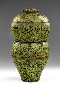 Covered Jar, United States, 1980, by Tom Turner.