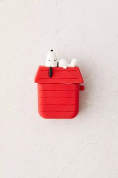 Snoopy Dog House, Popsockets Phones, Airpod Case, Stuff And Thangs, Dog Houses, Try On, Plushies, Cleaning Wipes