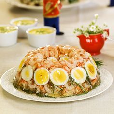 Norwegian Food, Norwegian Recipes, Starters, Cobb Salad, Tapas, Sushi, Buffet, Seafood, Good Food