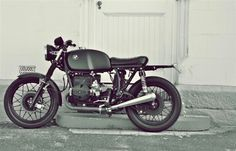 BMW cafe racer. Finishes by PAZ. Build by Shane Poplett.