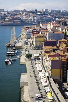 Vista da Ribeira do Porto, Portugal