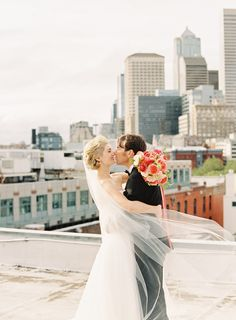 #veils  Photography: OMalley Photographers - www.omalleyphotographers.com  Read More: http://www.stylemepretty.com/2014/09/24/elegant-seattle-wedding-full-of-classic-city-details/