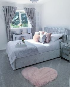 Heart Fluffy Carpet▶️For shopping Click the link below💕 Pink, white and shades of grey. I want to wake up in this bedroom. Teen Bedroom Designs, Bedroom Decor For Teen Girls, Room Design Bedroom, Cute Bedroom Ideas, Teen Room Decor, Room Ideas Bedroom, Small Room Bedroom, Home Bedroom, Bedroom Inspo