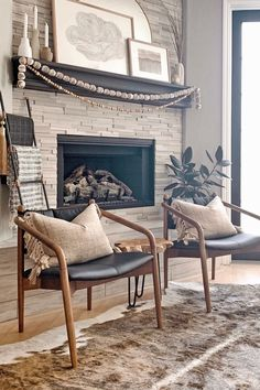 The Lento chair looks like a musician that aged really, really well. Photo by Maggie Miller Interiors. #LeatherChair #BlackLeatherChair #ModernChair