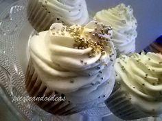 Cupcake especiado de calabaza con frosting chantilly