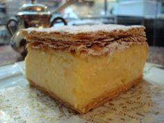 Vanilla creme slice at Demel, Vienna Slovakian Food, Hungarian Cuisine, Hungarian Girls, Cheesecake, Vanilla, Pudding, Vienna, Hungary, Pastries