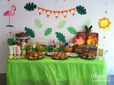 Mesa de dulces Safari Birthday Party, Jungle Party, Animal Birthday, Baby Birthday, First Birthday Parties, Jungle Theme, Fiesta Baby Shower, Baby Shower Themes, Baby Boy Shower