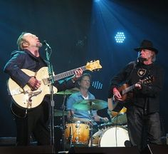 Neil Young News: PHOTO GALLERY: Light Up The Blues Concert - Stephen Stills, Neil Young + Others