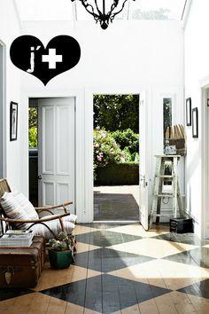 De prachtige vloer geeft de kamer net dat beetje extra. #vloer #inspiratie