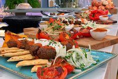 Κεμπάπ γιαουρτλού - Πέτρος Συρίγος Cobb Salad, Food, Essen, Meals, Yemek, Eten