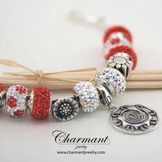 Che sensibilità per il sole. Arrossire tutte le sere al momento di tramontare  Silver Beads SI95 - Raggi di sole € 22,00  Visita il sito www.charmantjewelry.com e scopri l'intera collezione.  #charmant #gioielli #raggidisole #collezionesilverbeads #silverbeads