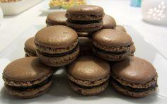 Herkkuja leipomassa: Suklaa macaronit appelsiinitryffeli täytteellä/ Ch...