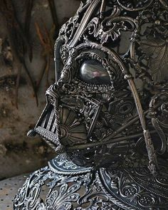 Star Wars : un fan français a créé un sublime casque de Dark Vador en fer forgé Steampunk Star Wars, Chat Steampunk, Style Steampunk, Gothic Steampunk, Steampunk Mask, Steampunk Design, Steampunk Clothing, Darth Vader Mask, Vader Helmet