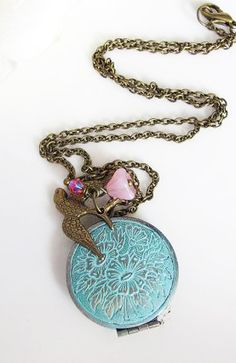 Vintage Shabby Chic Locket Necklace. Flying Sparrow