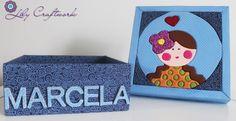 Caixa em MDF (madeira) trabalhada com tecido e patchwork embutido! Menina, Boneca
