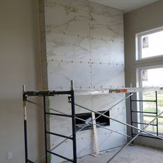 Fantastic Screen Marble Fireplace tile Tips Natural-stone fireplaces won't walk out style, particularly those that feature elaborate surrounds Rock Fireplaces, Rustic Fireplaces, Farmhouse Fireplace, Home Fireplace, Marble Fireplaces, Fireplace Remodel, Modern Fireplace, Fireplace Ideas, Simple Fireplace