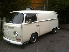 Super clean early VW bay bus with sliding door on both sides