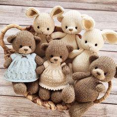 Knitting Bear, Crochet Bear, Cute Crochet, Hand Knitting, Knitted Dolls, Felt Dolls, Crochet Dolls, Doll Toys, Crotchet Blanket