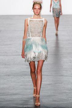 SPRING 2017 READY-TO-WEAR Tadashi Shoji #couture #brocade #lace