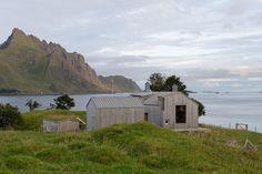 Летний домик в Норвегии по проекту студии Carl-Viggo Hølmebakk