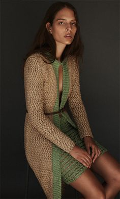 LUCA AIROLDI : THE ART OF HAND-MADE KNITWEAR. Luca Airoldi Handmade: between the fine yarns plots, unique insight. The knitwear returns to shine a fascinating new light, now star of a brand able to grasp different nuances, courageous in defying the classic concept of season, surpassing. Discover more on http://ob-fashion.com/luca-airoldi/?lang=en #lucaairoldi #knitwear #womenswear #fashion #madeinitaly #luxury #obfashion #emergingtalent #emergingbrand