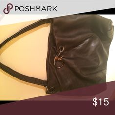 Vera Wang Leather Hobo Shoulder Bag Great condition Vera Wang Bags Shoulder Bags