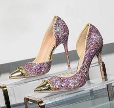 If you want to find very comfortable wedding shoes you have two top choices, one is to wear cowgirl wedding boots (as many of our readers choose). Valentino Wedding Shoes, Sparkly Wedding Shoes, Wedding Boots, Bridal Shoes, Sandals Wedding, Gold Wedding, Wedding Flowers, Designer Wedding Shoes, Girls Shoes