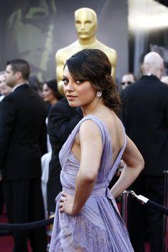 mila-kunis-elie-saab-couture-dress-2011-oscars